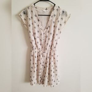 Charming Charlie Size Small
